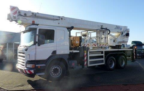 Bronto Skylift S 46 XDT Truck Mounted